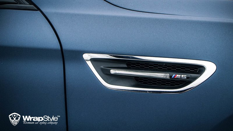 BMW M5 Mariana Blue - img 1 small