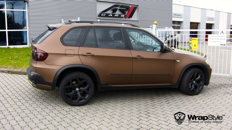 BMW X5 - Anodized Brown Matt wrap - img 1 small