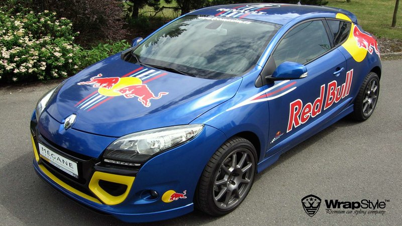 Renault Megane - Red Bull design - img 1 small