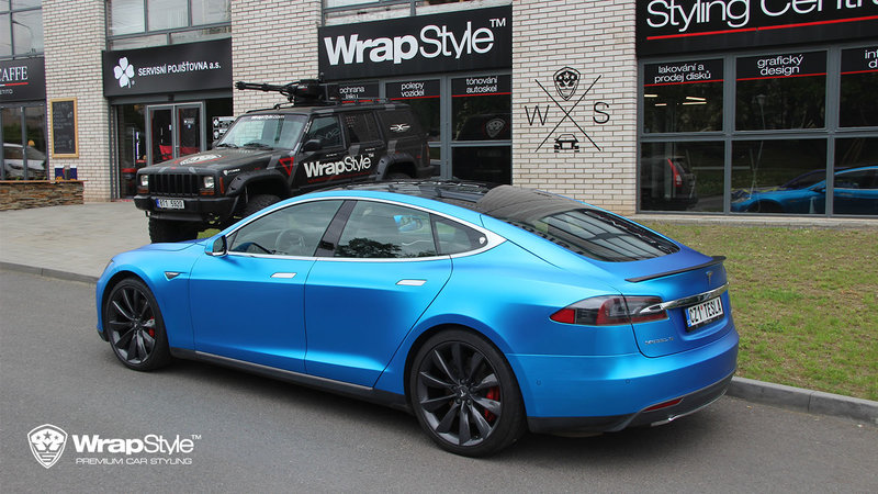 Tesla Model S - Blue matt chrome - img 2 small